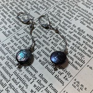 KMD Original SS Deep Blue Pearl Earrings